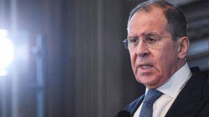 Lavrov üzent: Ha Moszkván múlik, a háborút el lehet kerülni Ukrajnával