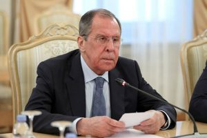 Lavrov: el lehet és el kell kerülni a háborút Ukrajnában