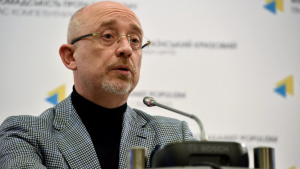 Ukrajna most a minszki tárgyalások helyszínét fúrja