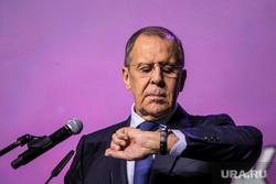 Lavrov elmagyarázta, hogy Oroszország miért nem ismerte el a Donbassz köztársaságait