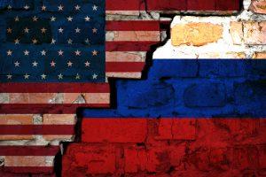 """Oroszország felveszi az USA-t a """"barátságtalan országok"""" listájára"""