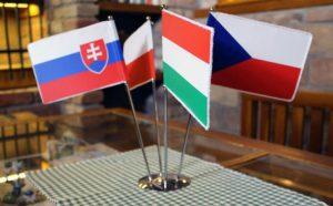 Támogatják a V4-ek az orosz diplomatákat kiutasító Csehországot