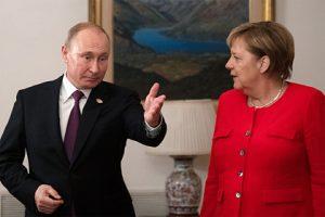 Putyin megválaszolt Merkelnek a csapatmozgások leállítására vonatkozó követelésére