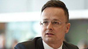 Szijjártó Péter szerint Andrej Babis ellen célzott politikai kilövési kísérlet zajlik