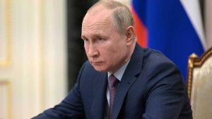 A sajtó szerint Putyin Bidennek tett ígérete megmentette Ukrajnát a háborútól