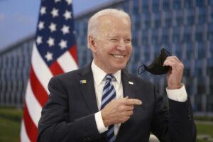Biden ultimátumot adott Oroszországnak a NATO nevében
