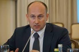 Ismert politológus a Donbassz köztársaságainak elismeréséről, Moszkva erélyesebb fellépéséről