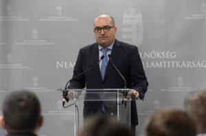 Brenzovics: bizonyossá vált, hogy Zelenszkij folytatja Porosenko kisebbségellenes politikáját Ukrajnában