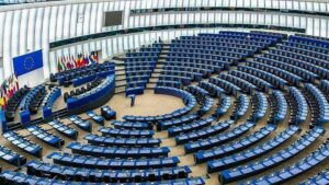 Fidesz: Az EP átlépett egy vörös vonalat